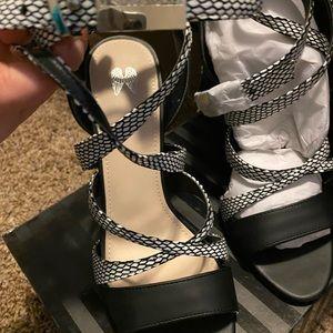 Victoria Secret black and white heels
